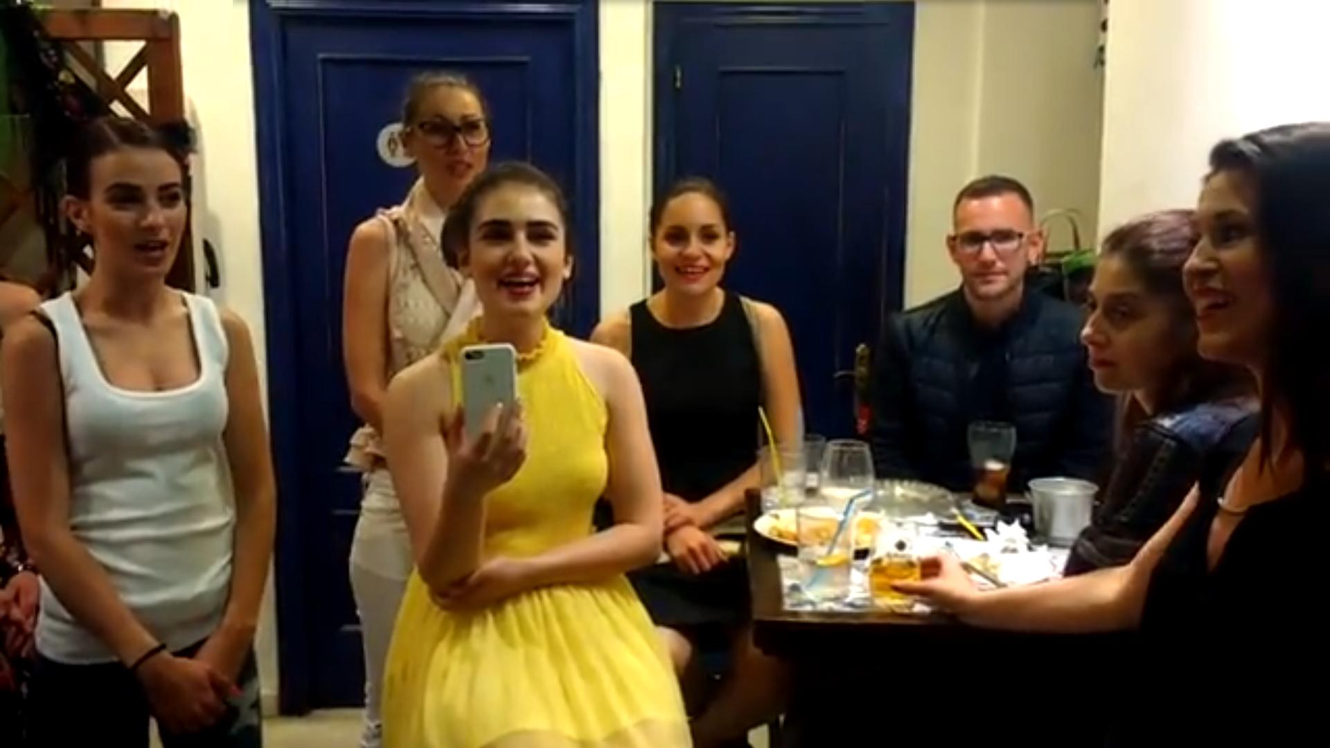 Las Nuevas Voces Búlgaras Y Arcángel Tras Su Actuación En Málaga