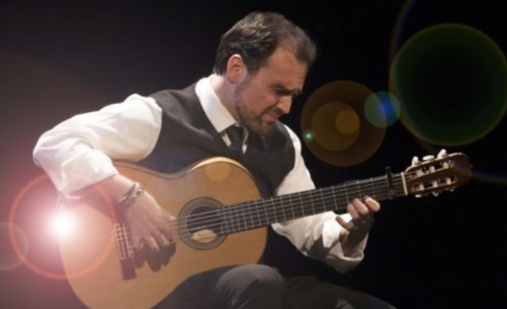 Santiago Lara